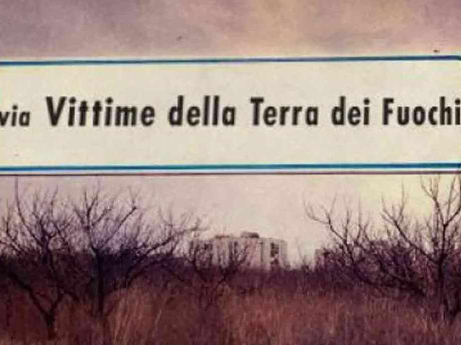 3300_via-vittime-della-terra-dei-fuochi_trequarti